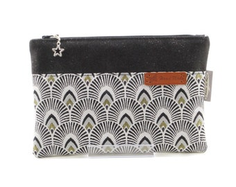 Pouch bag quilted gray black white gold glitter
