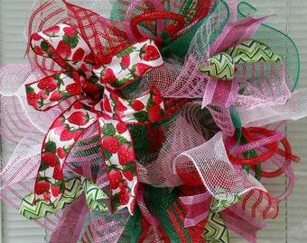 Summer Wreath, Strawberry Wreath, Deco Mesh Wreath, Small Wreath, Ribbon Wreath, Mesh Wreath, Seasons Wreath