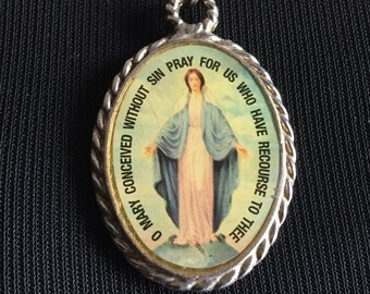 Vintage necklace with Virgin Mary Medal