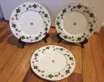 Royal Crownford Bone China Made in England set of 3 decorative plates