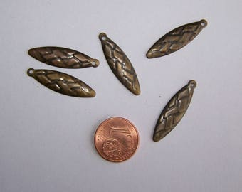 SET of 5 charms feather for costume jewelry