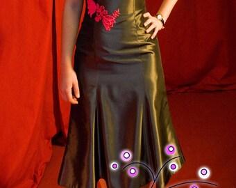 Dark Tulip dress