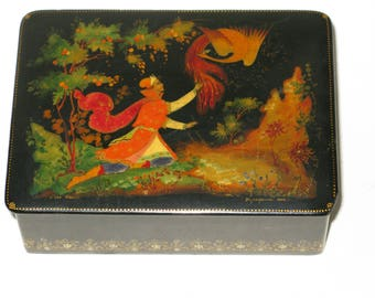 """Vintage Signed Russian Lacquer Box """"The Tsarevich and the Firebird""""  Traditional Palekh Fairytale Trinket Box Dated 1962"""