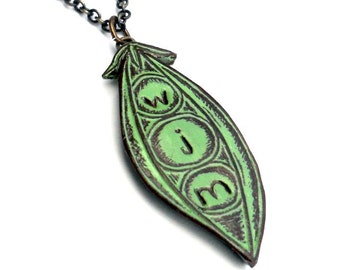 Personalized Jewelry, Personalized Three Peas In a Pod Pendant Necklace, Green Peapod Necklace,  Kid's Initials, Mother's Necklace, Mom Gift
