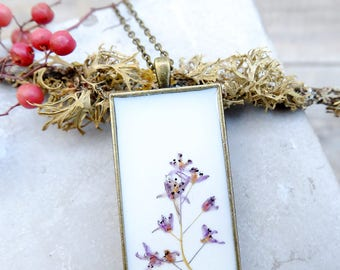 Real flower resin necklace, inspirational gift for woman, terrarium jewelry, purple flower necklace, dried flower, botanical jewelry
