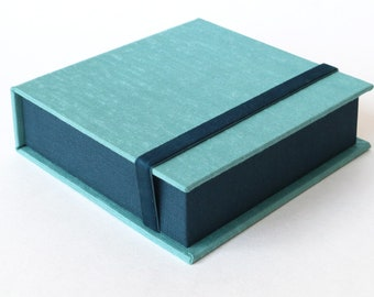 Box for Square Photos 4x4 - Handmade of book cloth | for Instagram photos | Turquoise Presentation Box | Keepsake | Photo Album | Teal