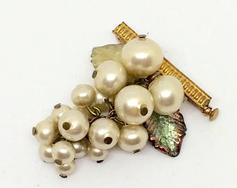 Brooch ancienne vintage grapes  for winemaker pearls beads