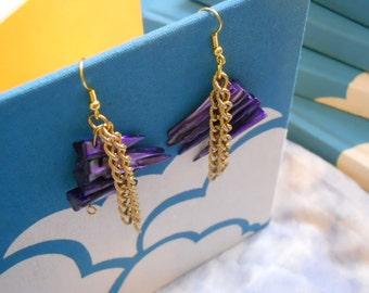 Gossip earrings - purple mother-of-pearl, gold tone vintage chain