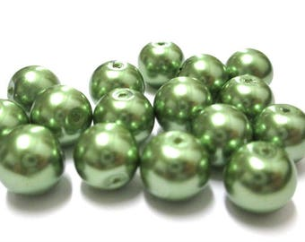 10 Green Pearl glass 10mm (F-12) beads