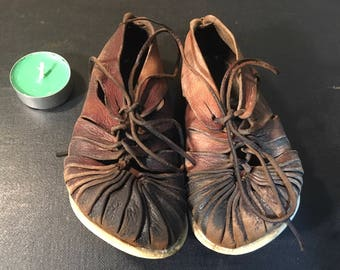 Vintage Brown Leather Handmade Kids Celtic Shoes Sandals With rubber Sole