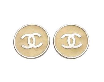 Authentic Vintage Chanel earrings CC logo round white #ea1619