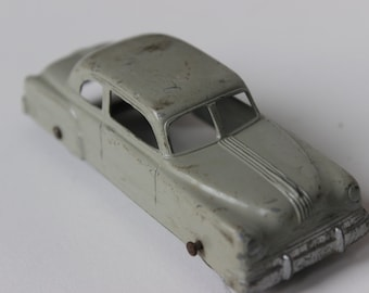 Vintage Tootsietoy Sedan Red Car Die Cast Metal Grey Gray Gangster Car Collectible Roadster Toy Car Cool Sedan Wedding Car 1950s