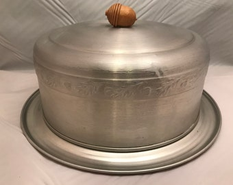 """West Bend Aluminum Company Cake Carrier / Cake Saver with Wooden Acorn Handle - Leaves and Acorn Design - Vintage - 13"""" Across x 6"""" Tall"""
