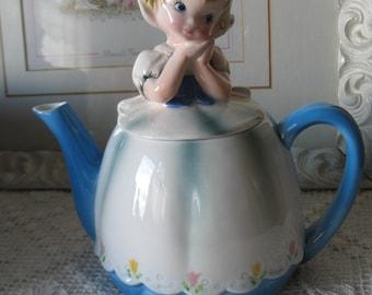 Lefton ESD Duch.Fillette Japan.Tea pot Kitsch vintage teapot. 1960's