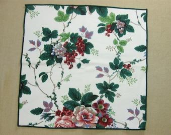 Vintage Grapevine Cloth Dinner Napkins, Set of 3, Size 16 x 16