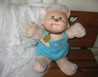 CABBAGE PATCH KOOSAS Cat with White Hair, Cabbage Patch Doll vintage, Vintage koosas Cat, Vintage Plush Toys. Vintage Stuffed  toy