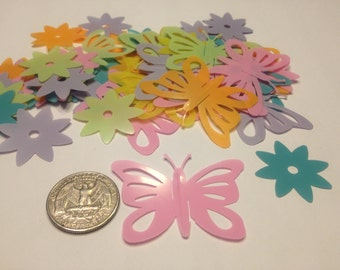 8 huge butterfly and flower confetti / sequins  , 30-50 mm (9)