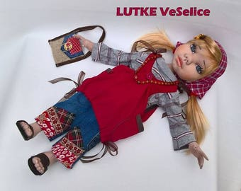 Poupée à la main, poupée d'Art, Etela, poupée en rouge, Unique poupée, poupée de Collection, poupee, poupée Textile, cadeau de pendaison de crémaillère, Boho