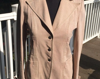 100% Authentic Vintage Chanel khaki beige tan fitted denim blazer jacket
