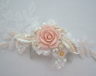 Rustic Blush pink Rose Comb, Soft Pink Ivory lace comb, Romantic Pink Flower comb, Blush Pink Wedding hair Accessory