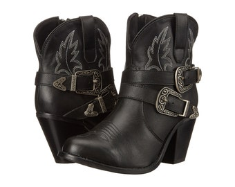 Made to order  short cowboy boots  6 inch shaft height and a 3 inch heel