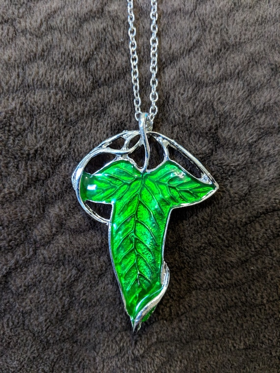 Lord of the rings arwen evenstar elven green leaf necklace lord of the rings arwen evenstar elven green leaf necklace pendant elven jewelry evenstar necklace lotr the hobbit silver earrings aloadofball Image collections