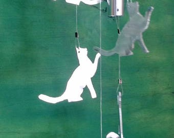Cat wind chimes