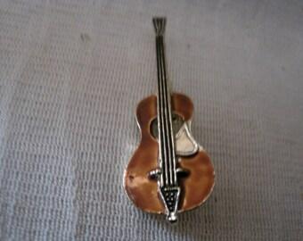Vintage Enamel Guitar Pin