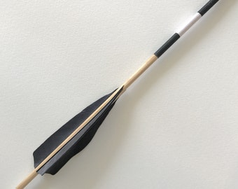 Midnight Seeker large arrow