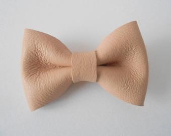 Genuine pink leather bow powder 4.5 x 3 cm