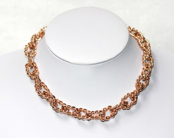 VINTAGE Rose Gold Tone Metal Chain TWISTED ROPE Choker Necklace