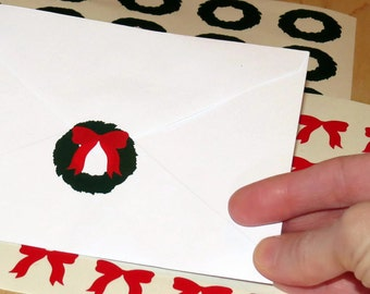 Christmas card labels, vinyl decals, envelope seals, DIY holiday decor, wreath stickers, red bows, winter holidays, wreaths, peel and stick
