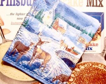 Christmas Quilted Pot holder Reindeer & Winter Scene