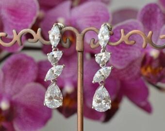 Wedding Earrings, Bridal Earrings, Bridal jewelry, Cubic zirconia Earrings, zirconia jewelry.