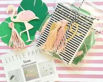 Palm trees,flamingo garland, tropical garland, flamingo party, let's flamingle, bachelorette party,