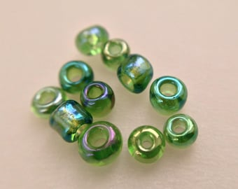 5.8 / seed beads 2mm transparent Green Pearl glass iridescent