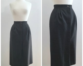 Vintage GREY WOOL MIDI Skirt/ size Small