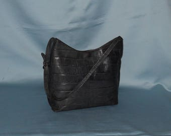 Authentic vintage Adriana V Campanile bag! Genuine leather!