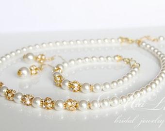 Gold Wedding Jewelry Set, Gold Pearl Bridal Jewelry Set, Pearl Necklace Earrings Bracelet Set,  art. e01-b01-n10