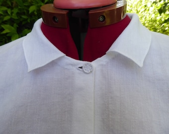 Handmade white cotton chemisette, square collar of barred cotton