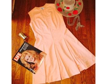 1970s Dress / Swing Dress / Vintage Dress