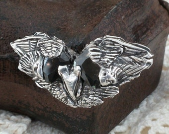 Fierce ancient Raven magnetic brooch