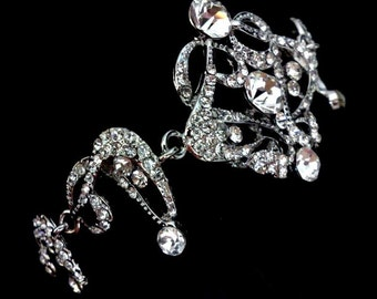 Statement Bridal Bracelet, Gatsby Wedding Bracelet, Art Deco Bridal Jewelry, Swarovski Crystal Bracelet, Victorian Wedding Jewelry, CARMEN