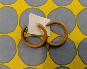1980s // MUSTARD HOOPS // Vintage Retro Mustard Colored Earrings