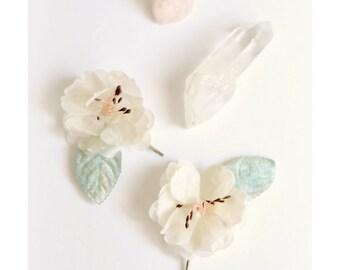 Ivory flower clips, vintage hair pins, velvet leaf clip, vintage hair accessory, flower bobby pins - Opal blossom