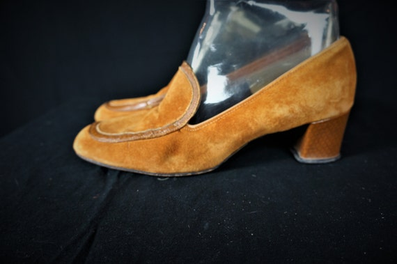 Shoes Gold Heel MOD 8 Suede Slip 60s 60s Vng Shoes Hippie Shoes Vng M Hush On Suede Sz Suede Loafers 70s 60s Puppy Loafers Boho Low aqw6dgw