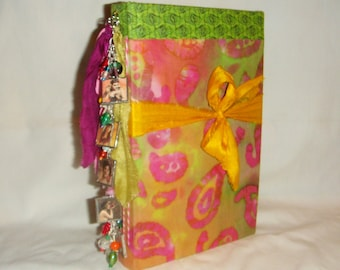 Boho Hippie Journal Gypsy Diary Scrapbook with Bracelet inv1949