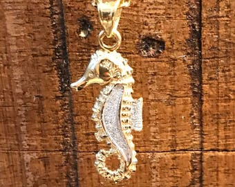 14 k yellow gold Seahorse pendant necklace