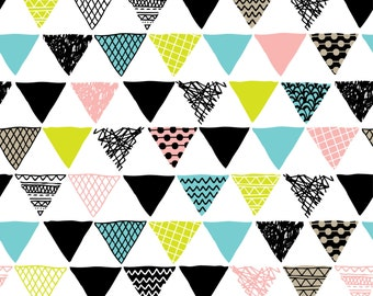 Triangle Doodle Photo Backdrop