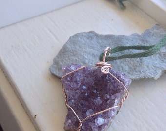 Amethyst Cluster Necklace - Raw Amethyst Necklace - Raw Crystal Statement Necklace - Ecofriendly Statement Necklace - Nature Lover Necklace